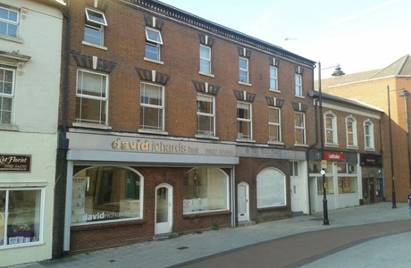 The Carraiges, Little station street, walsall, ws29jy